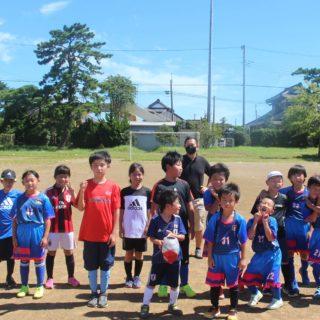 体験サッカー(低学年)